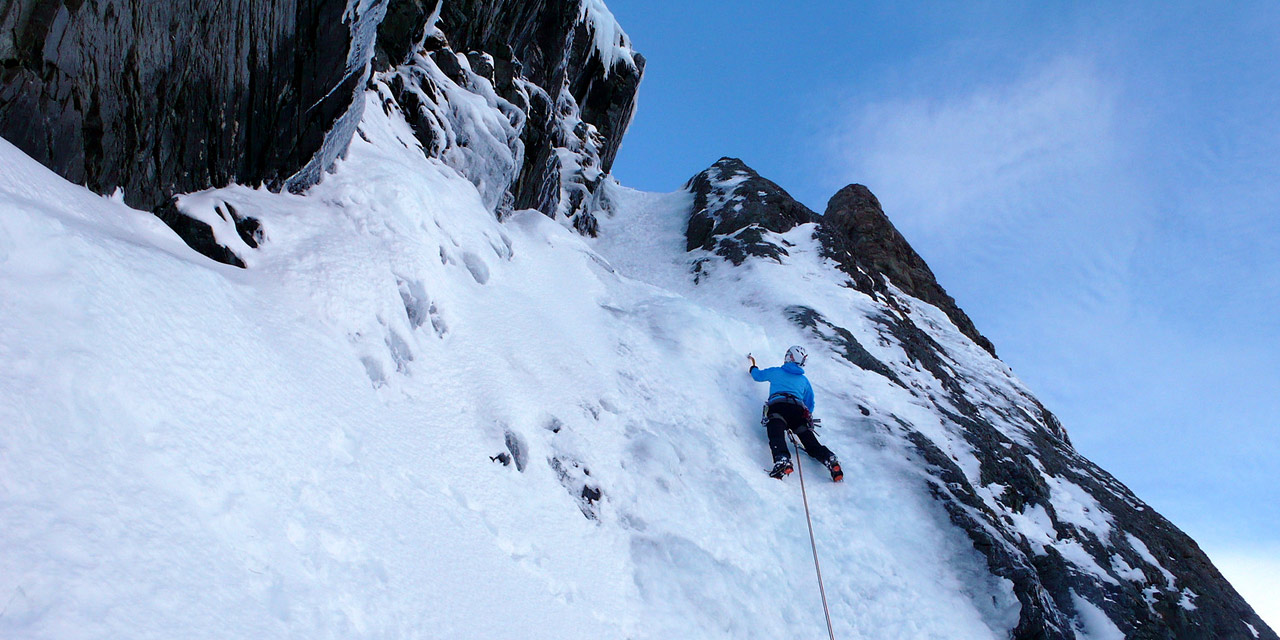 Waterfall ice climbing instruction - NZMGA / UIAGM mountain guides