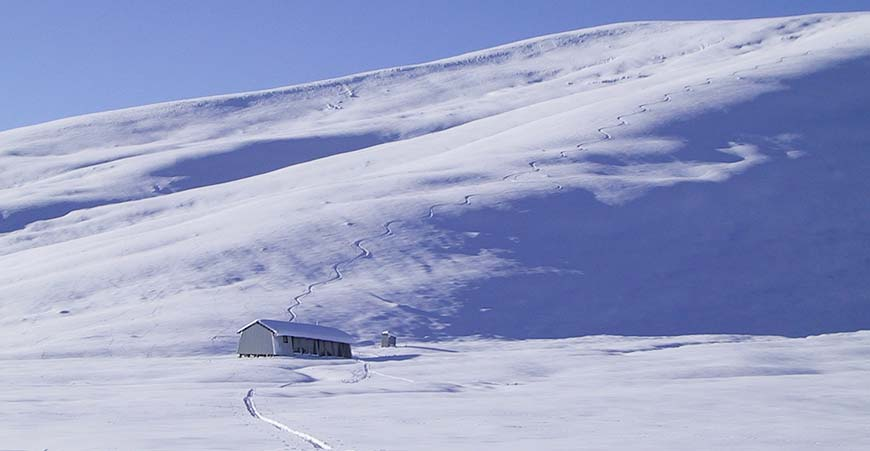 Rex Simpson Hut is the ideal venue for ski touring