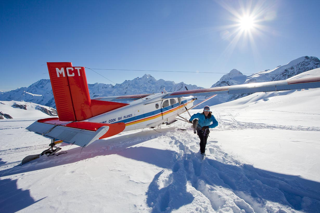 Ski plane transport on the Tasman Glacier