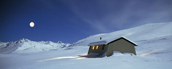 Rex Simpson Hut is a cosy base for nordic skiing